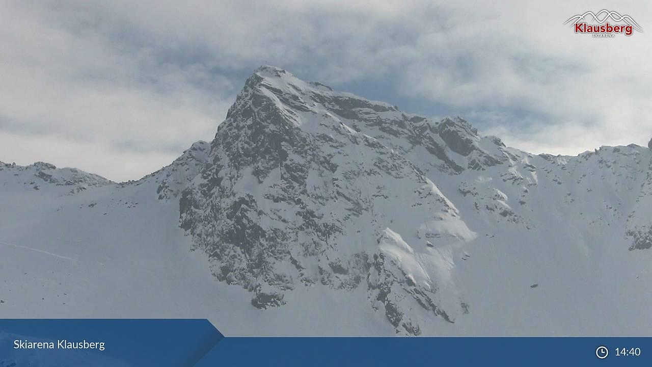 Skiarena Klausberg, Blick vom Klaussee S' Richtung zu Klausenscharte ( 2579 m) und Rauchkofel (2653 m), 14:40