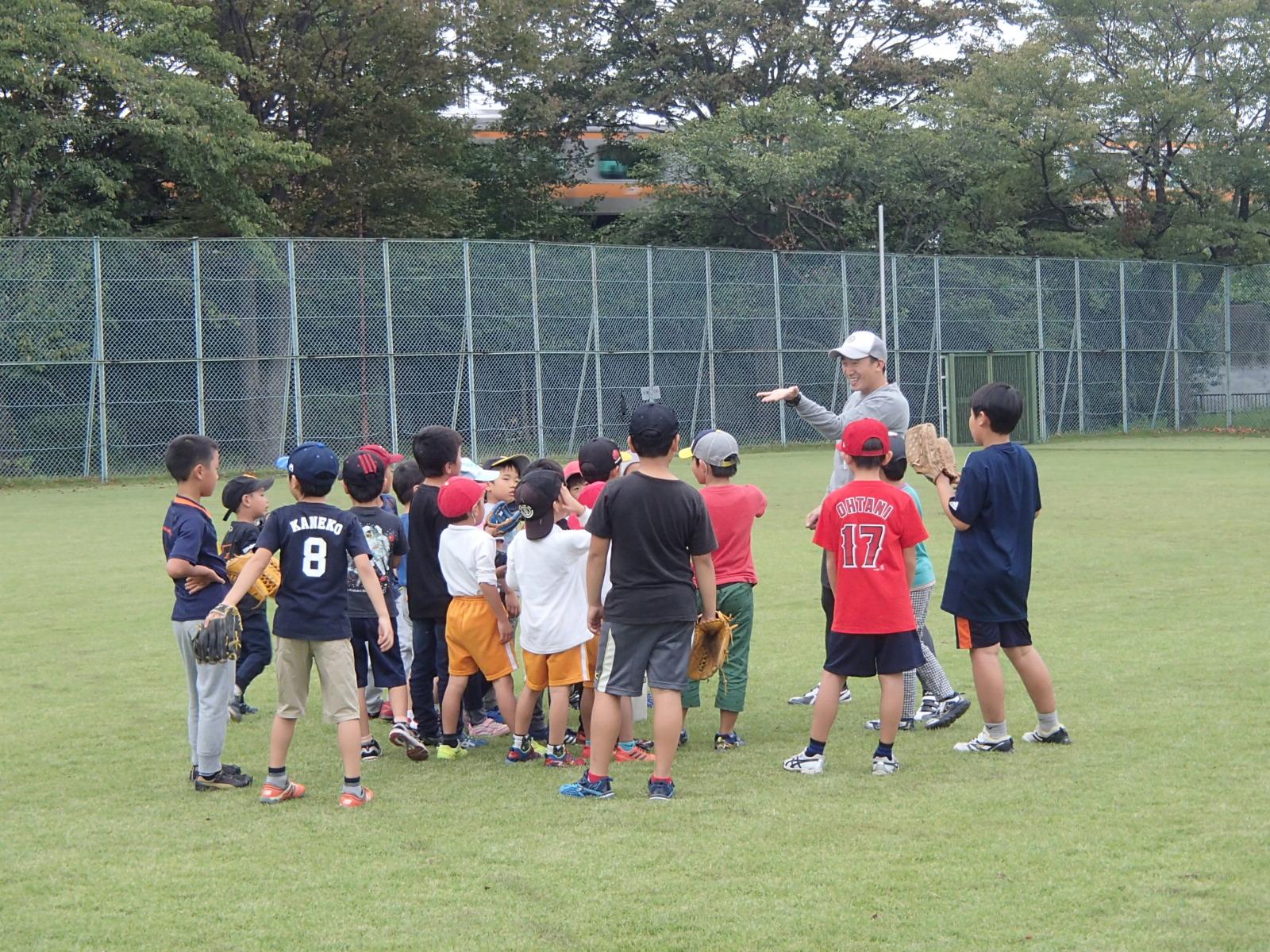 初心者クラス☆コーチからボールキャッチのコツを伝授♪