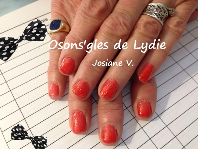 Vernis semi permanent sur ongles naturels très courts  : Josiane V.