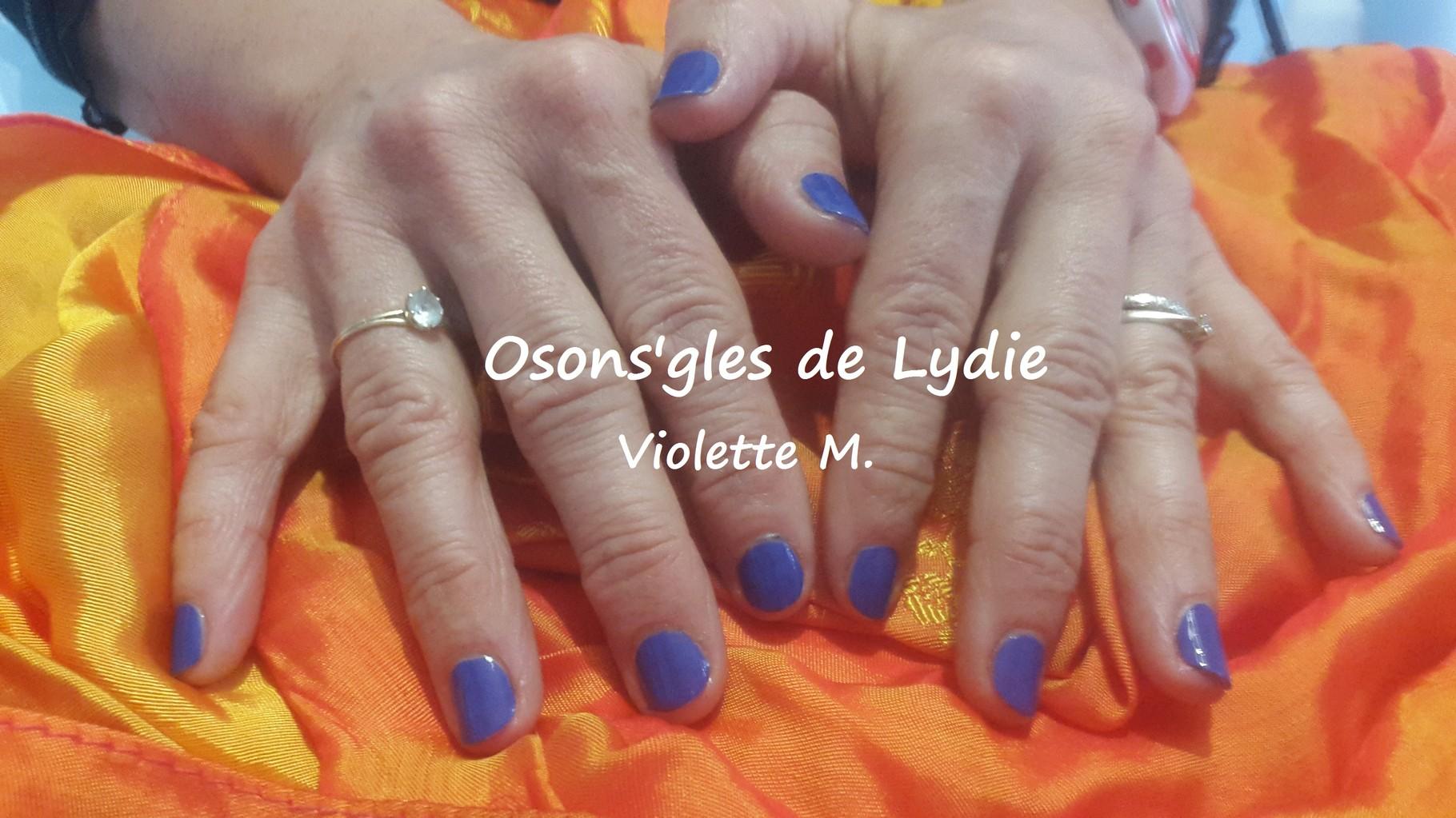 Vernis simple Bleu : Violette