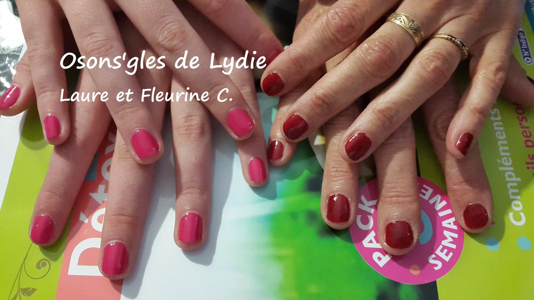 Vernis simple sur ongles naturels : Fleurine et Laure C.