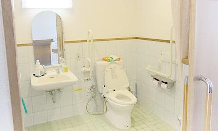 沖縄|短期入所生活介護|トイレ