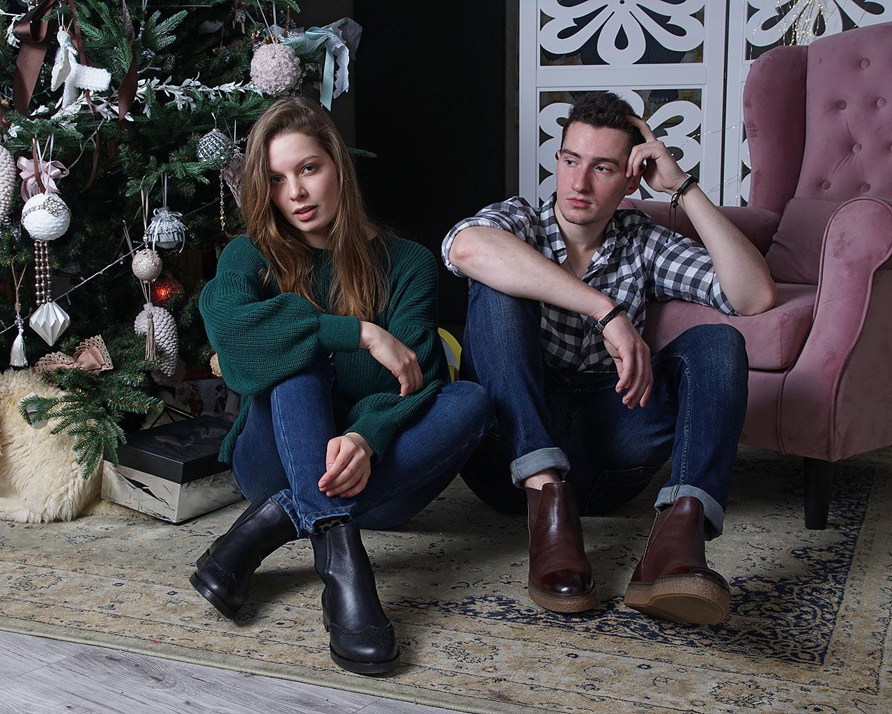 реклама мужской и женской обуви в интерьерной фотостудии