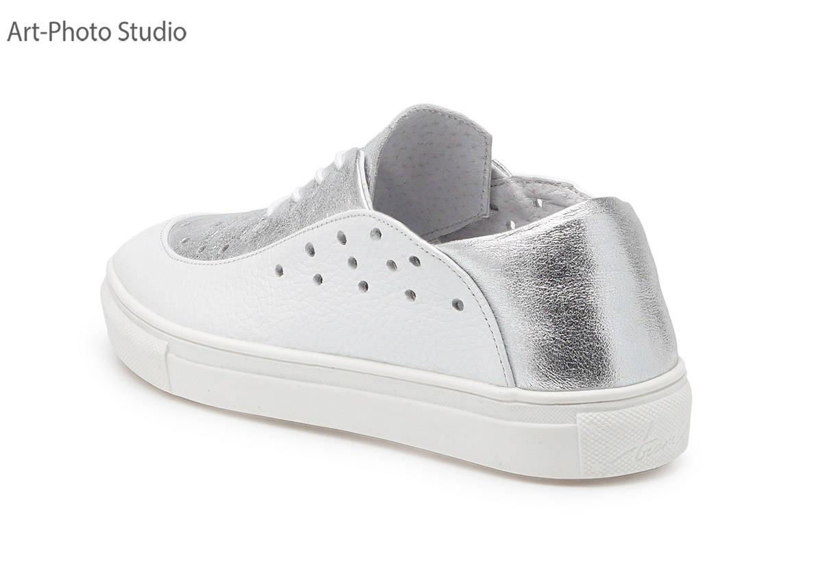 фотосъемка женской спортивной обуви для каталога интернет-магазина