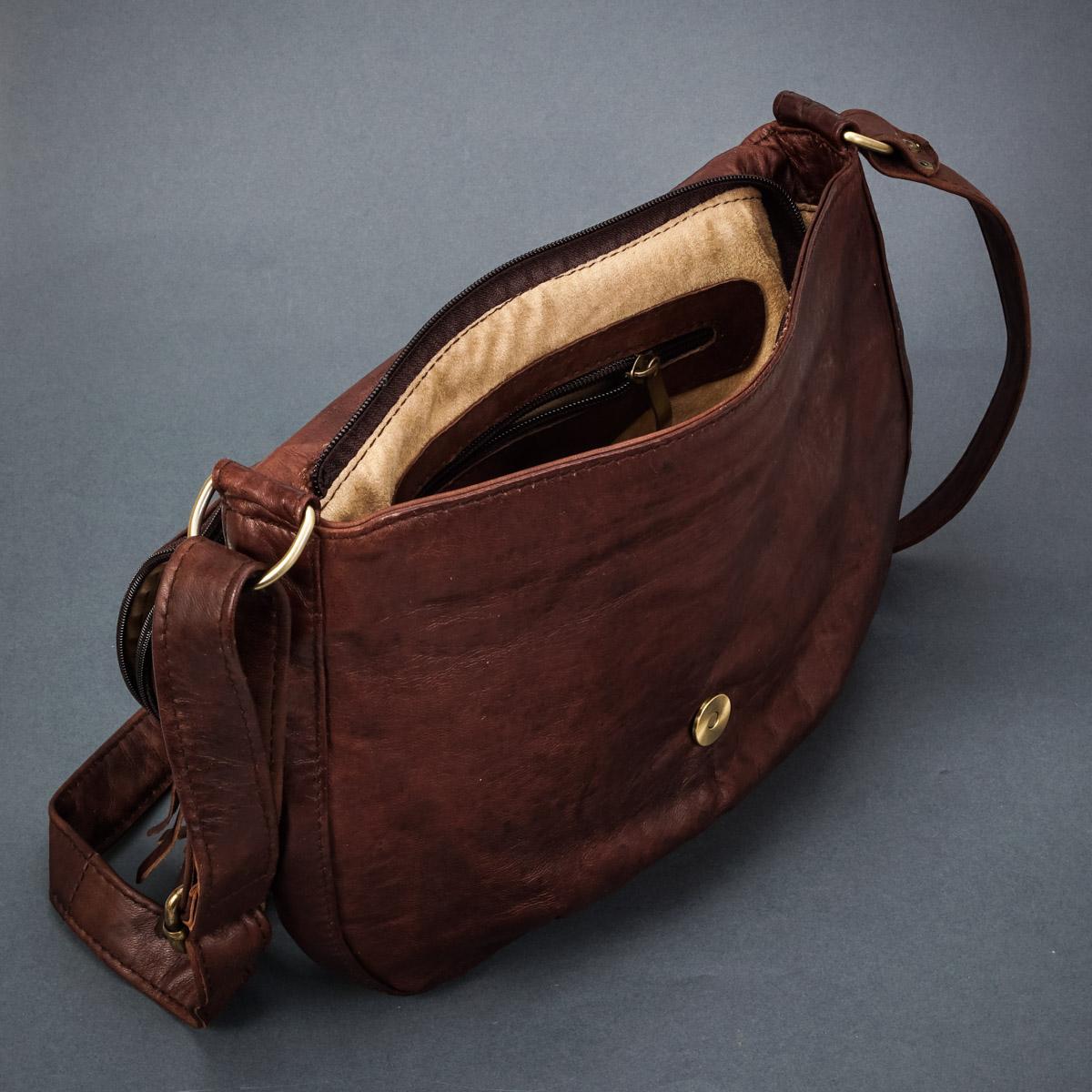 предметная фотография кожаной сумки для женщин