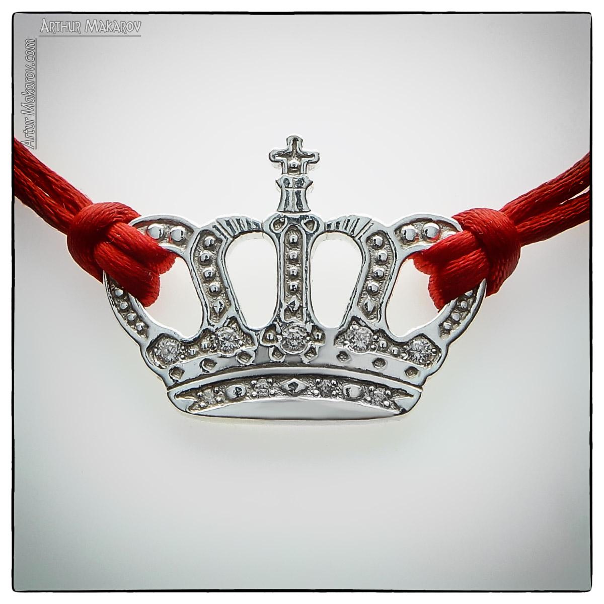 съемка браслета в виде короны