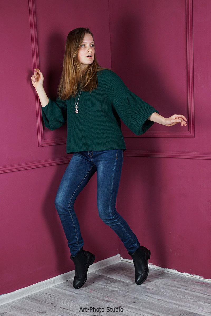 реклама женской обуви на модели