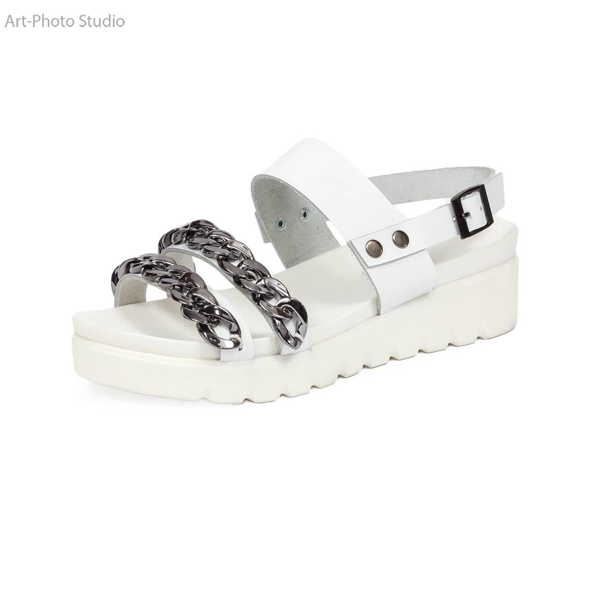 предметная фотосъемка для каталогов обуви