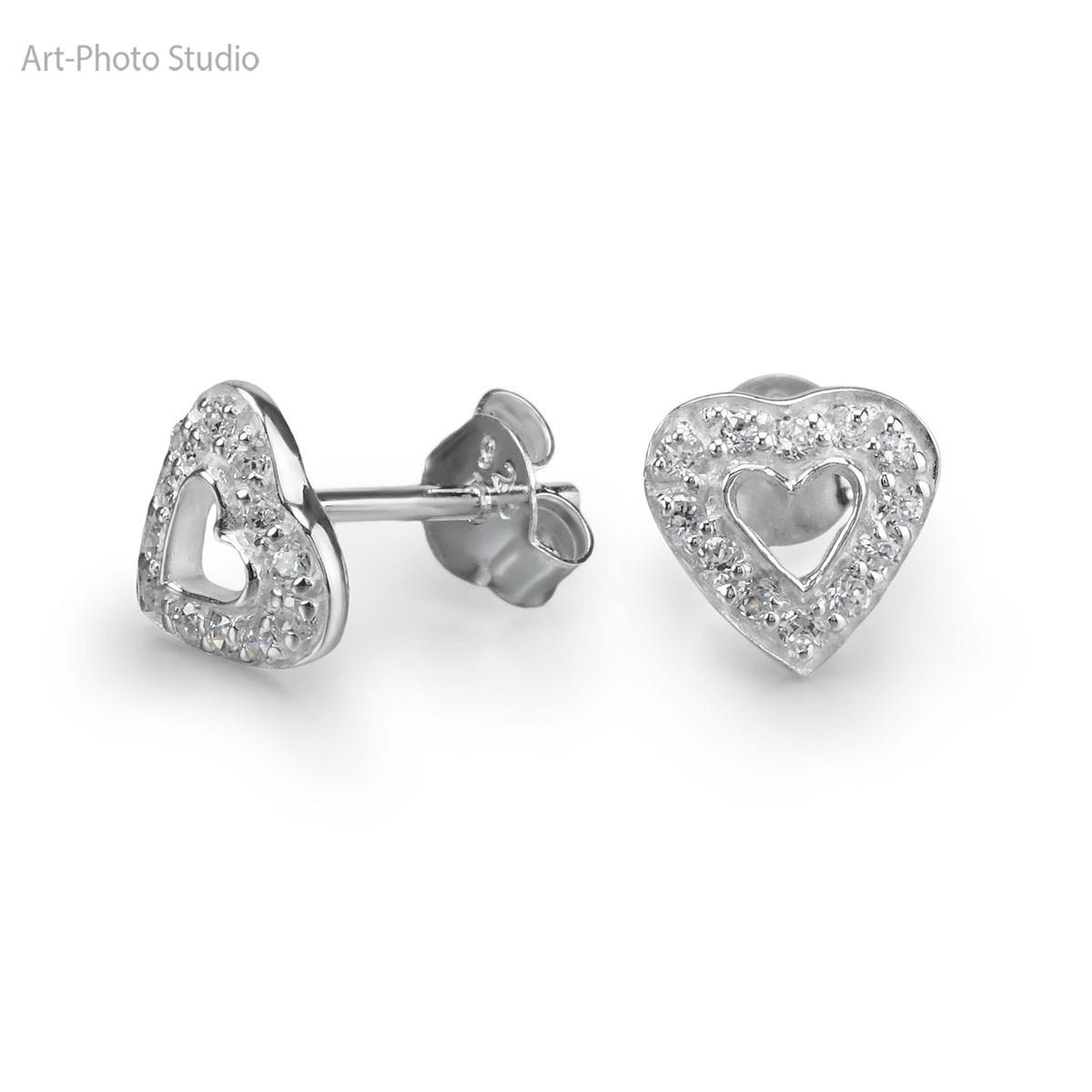 фотография ювелирных изделий - серьги-гвоздики из серебра