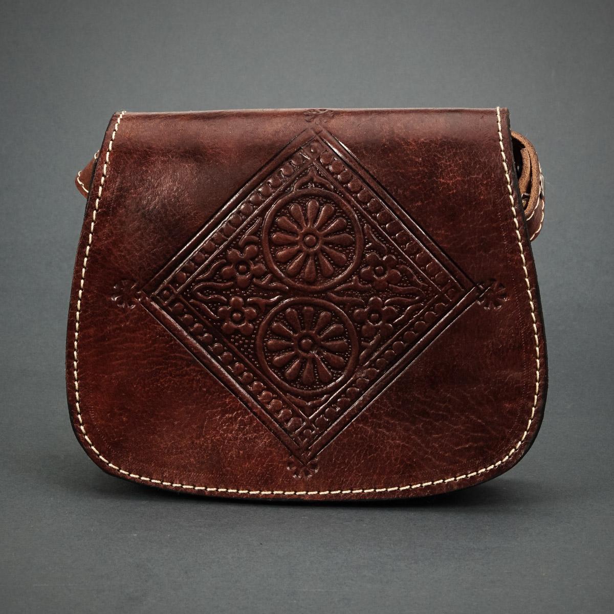 фотография сумки из натуральной кожи производства Королевства Марокко