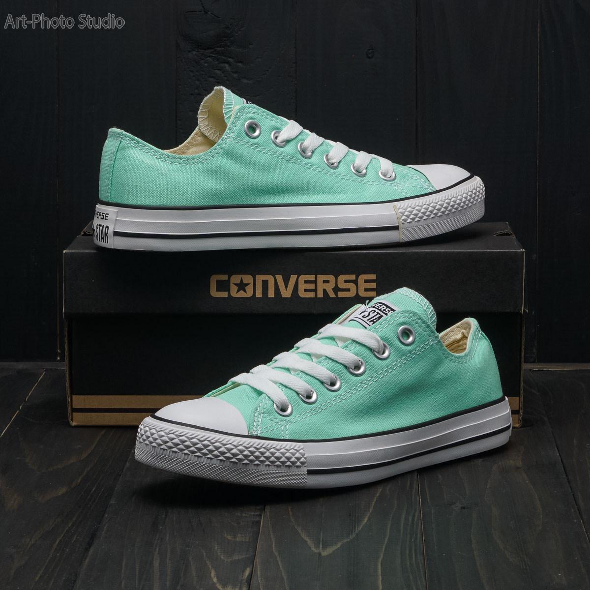 предметные фотографии спортивной обуви - кеды Converse
