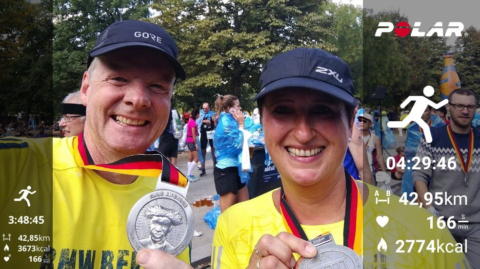 Wenn wir mal nicht im Restaurant stehen gehen wir gerne laufen .Berlin Marathon 2018.Unser erster😅😅😅