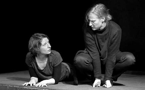 """""""Warten auf Morgen"""", Rationaltheater München, Annette Hildebrand © Mario Steigerwald"""