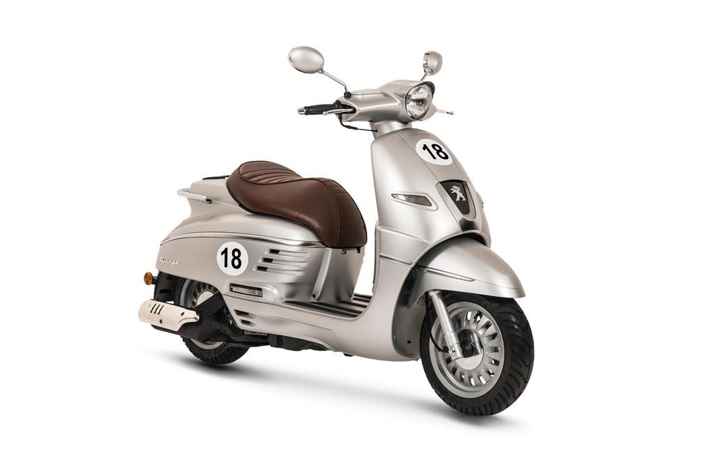 Peugeot Django Sport 4t 25/45 km/h: €3012,- Voor meer informatie, klik je op de foto.