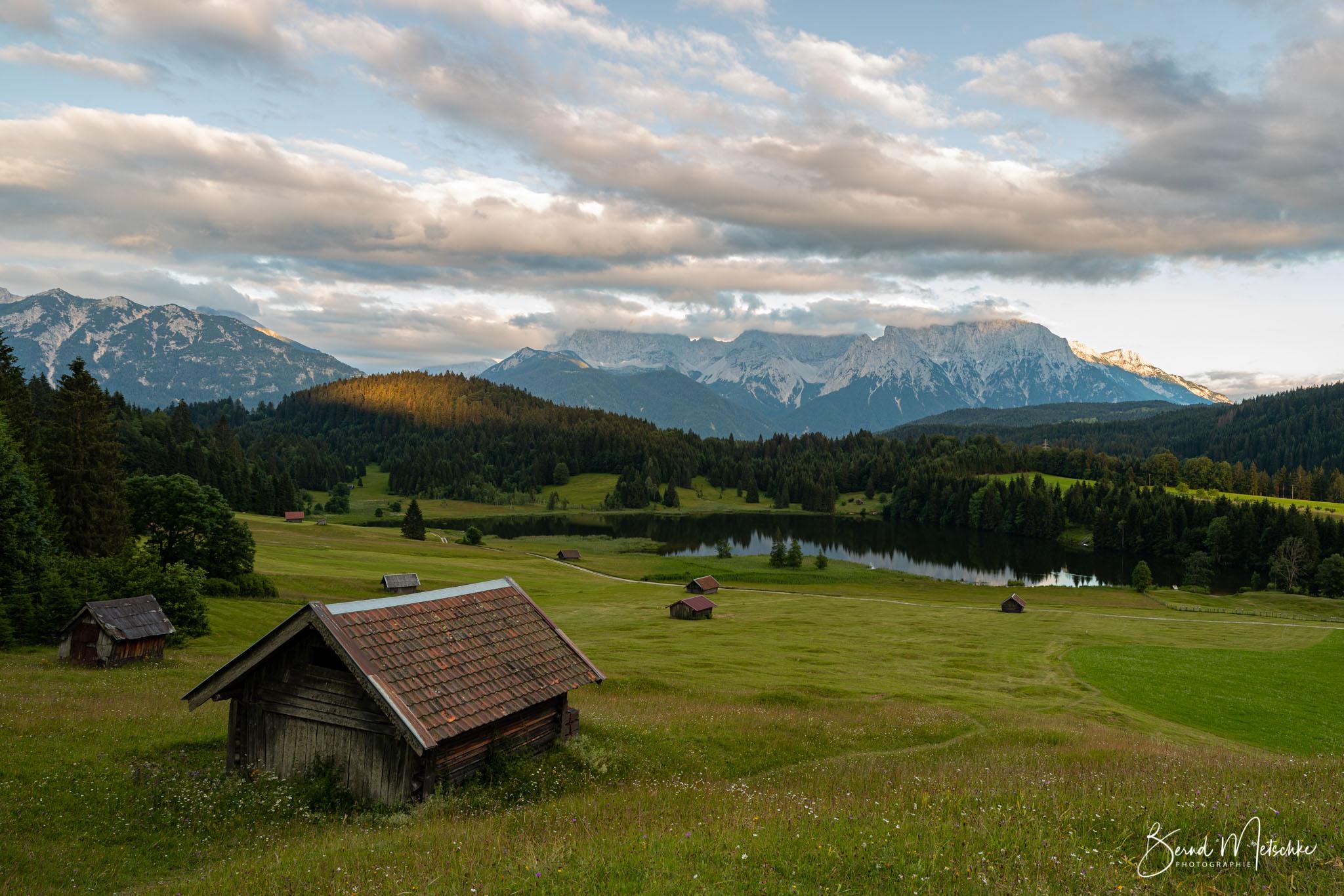 Geroldsee: mit Blick über den See zum Karwendel