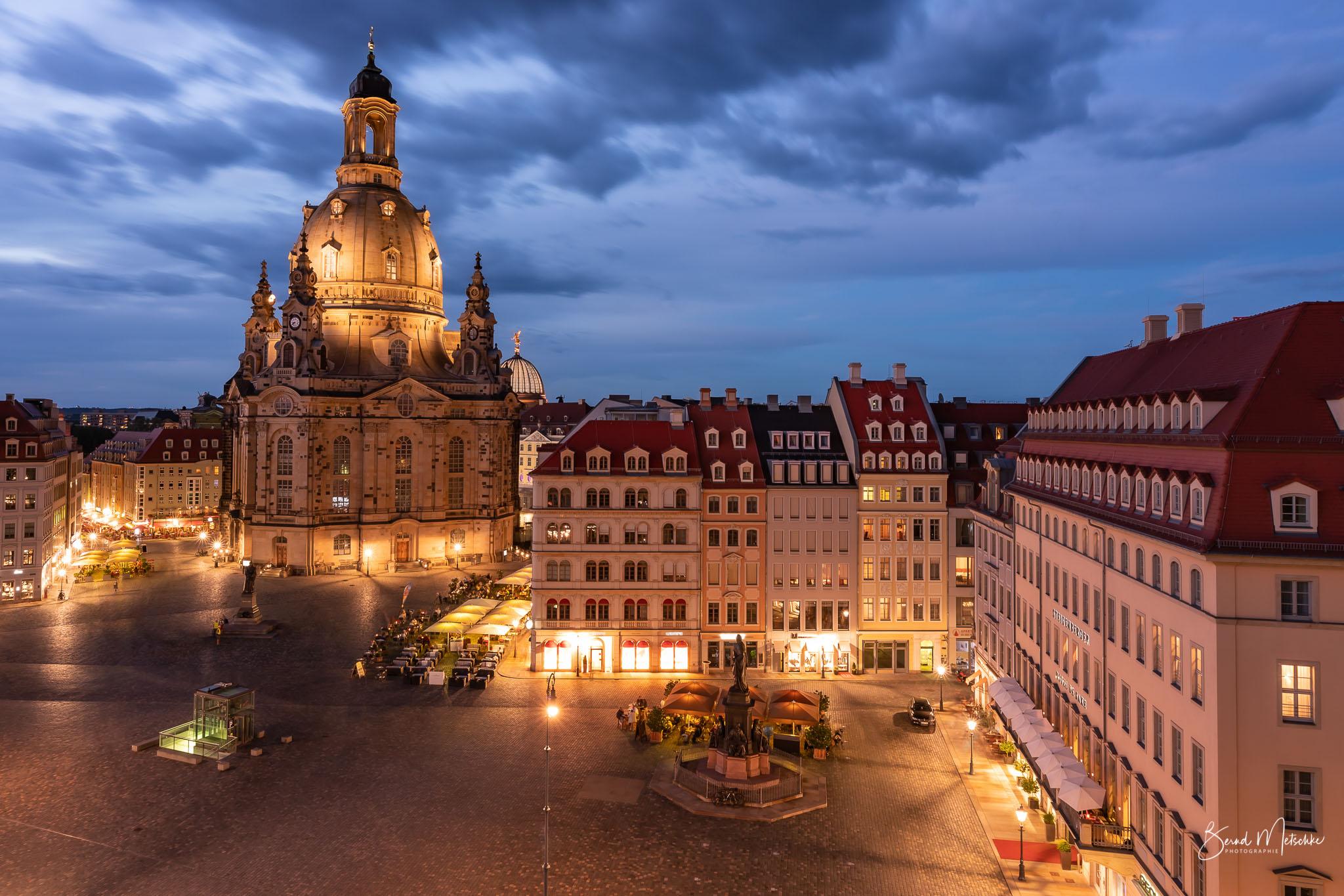 """Von der Dachterrasse: Blick auf die Frauenkirche,  """"Mit freundlicher Unterstützung der Heinrich-Schütz-Residenz Dresden"""""""