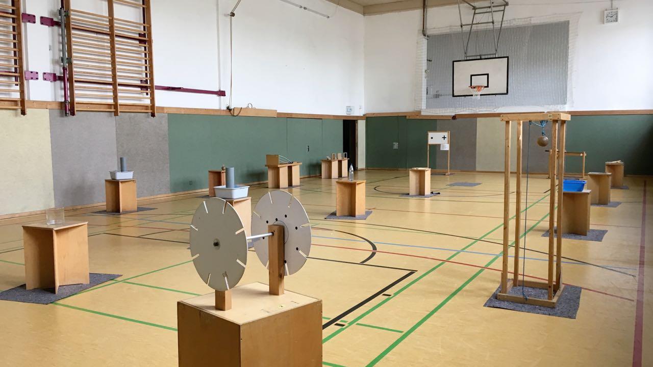In den kommenden Tagen fällt der Sportunterricht in der Turnhalle aus.