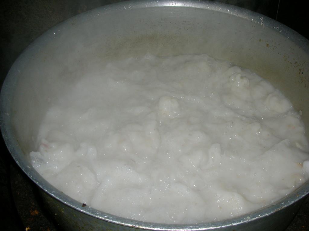 完全炊き出し無添加自家製とんこつスープ