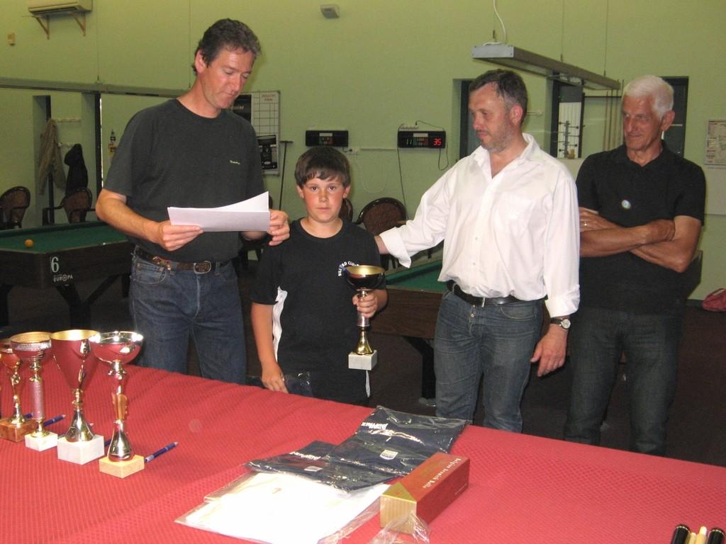 Rémi CHENAY vainqueur félicité par Pascal et Brice