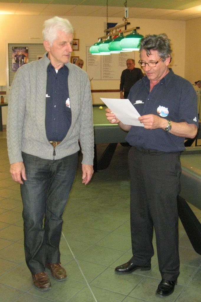 Philippe JUBLOT Directeur de jeu remet les résultats