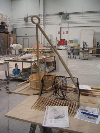 Modelos a 1/2 Escala: aperos de marisqueo, Antiguos. Para Exposición en Museo del Mar.