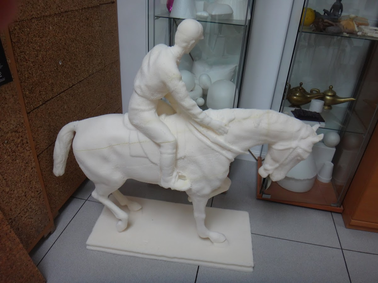 Ampliación de Escultura Caballo y Jinete