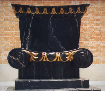 trono marmol negro