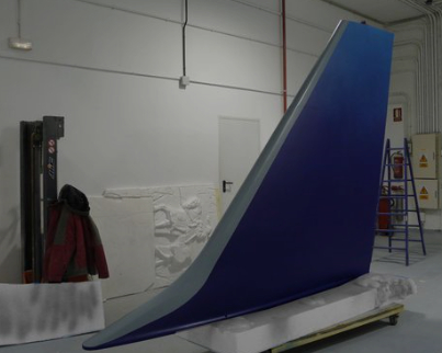 Timón de Cola de un avion de pasajeros, para stand en Fitur
