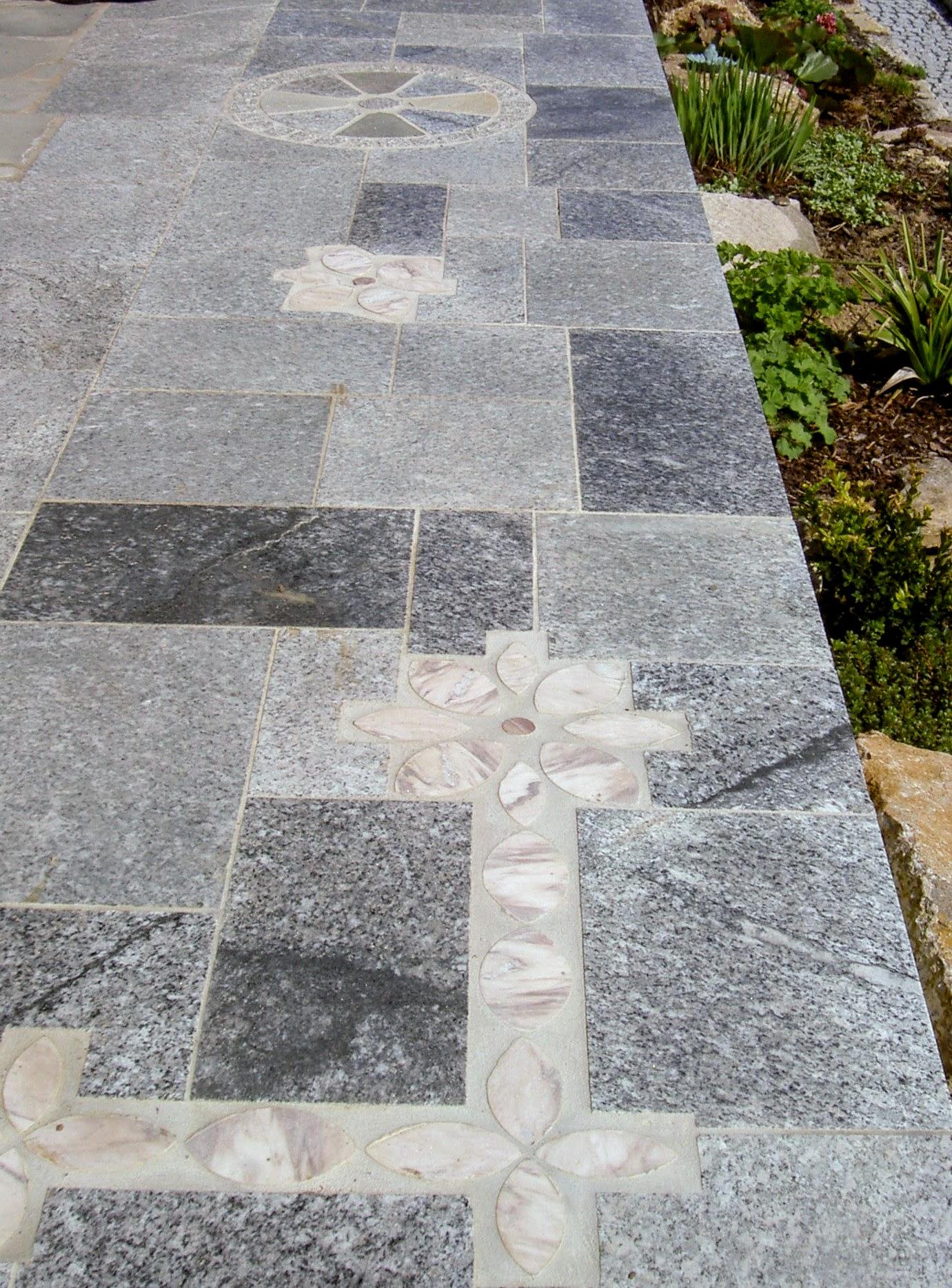 Terrasse Mosaik/Granitplatten