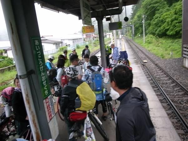 24 尾瀬高原口まで走ってゴール!温泉に入って電車を待ちます。
