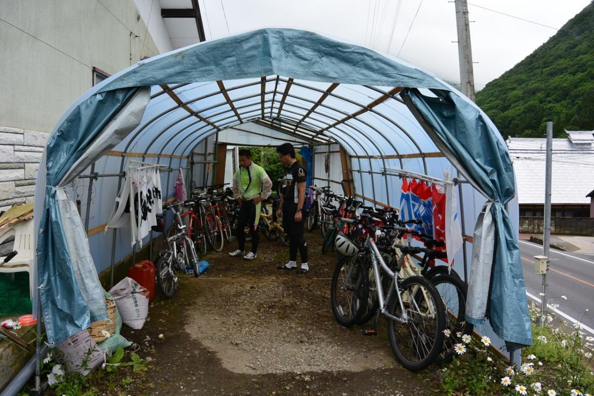 自転車は濡れない所へ置かせて頂けたので安心です。