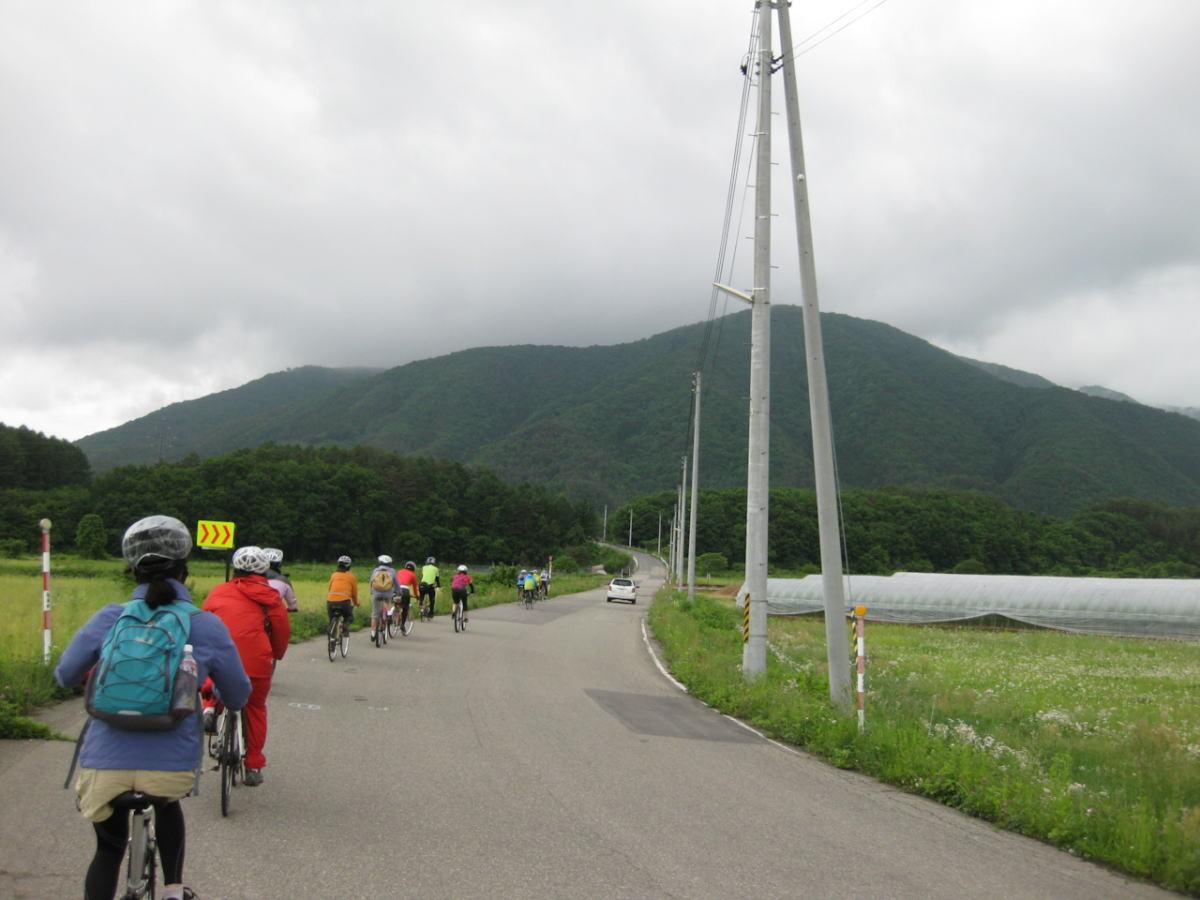 空気が湿っているためか、山が綺麗!
