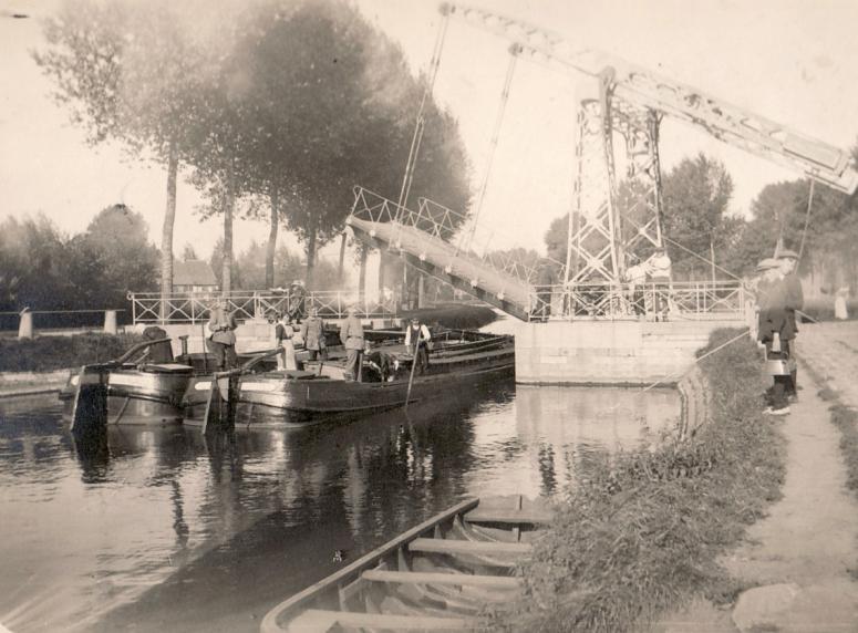 Bridge in Holland, 1934