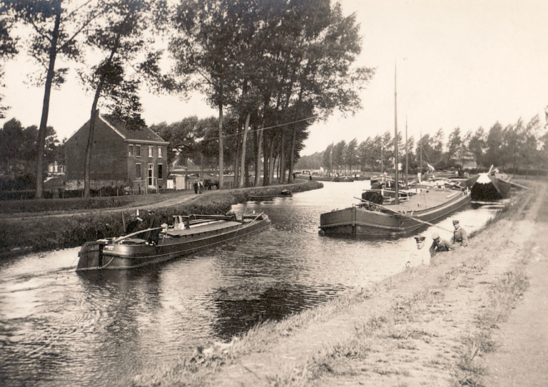 View of the North Holland Canal between Amsterdam and Den Helder, ca.1934