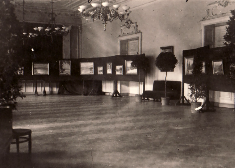Impressions of the exhibition in the Casino Saal zu Solingen, 1929
