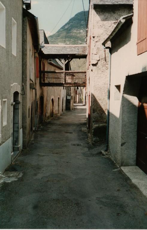 Urdos, village rue