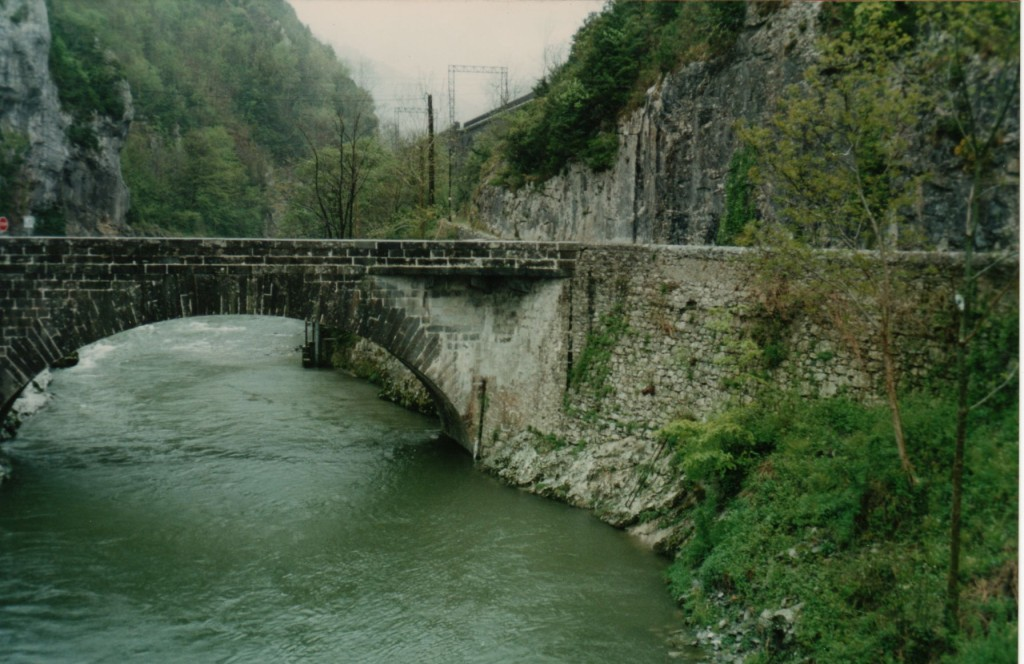 Pont d'Escot
