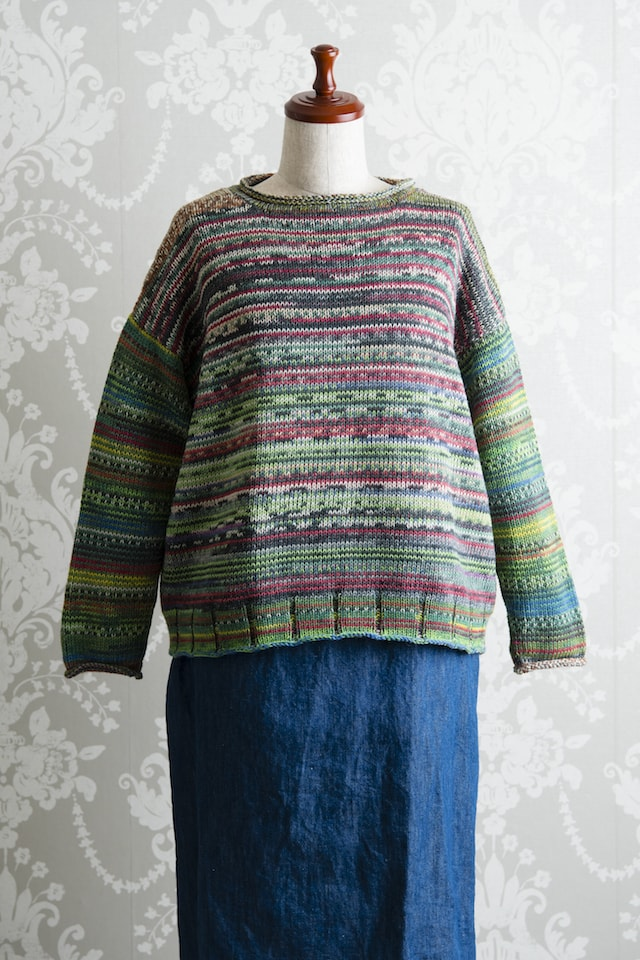 ラウンドネックセーター01