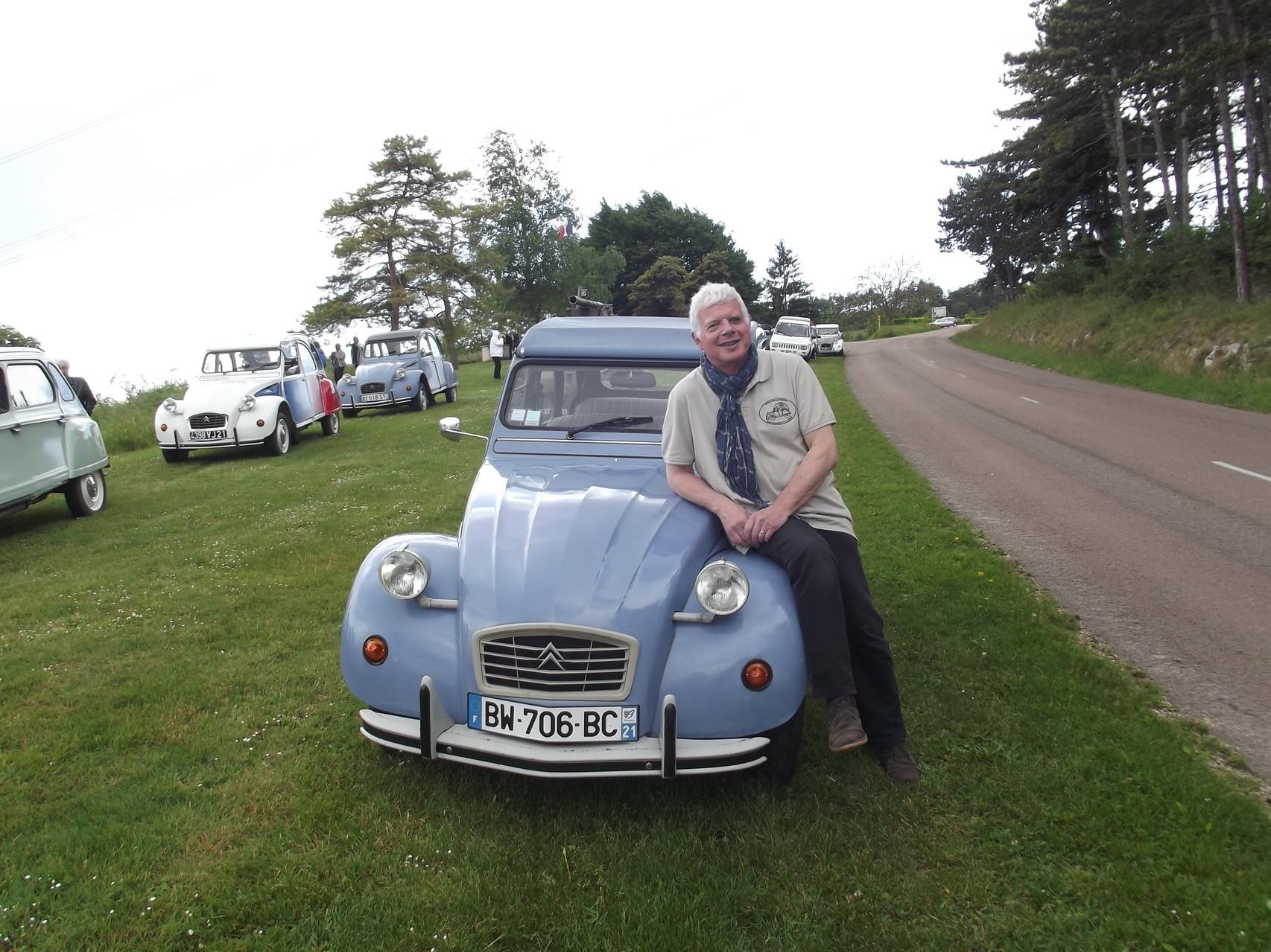 Jacques co-secrétaire ( le bleu...céleste)