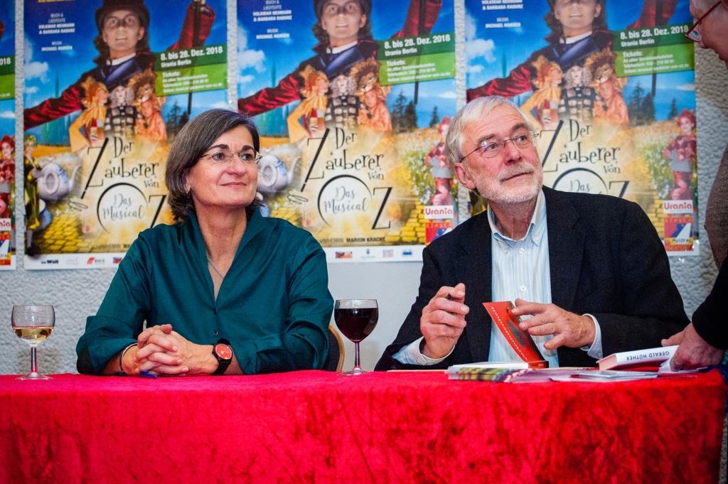 Christa Spannbauer & Gerald Hüther bei gemeinsamer Lesung in Berlin
