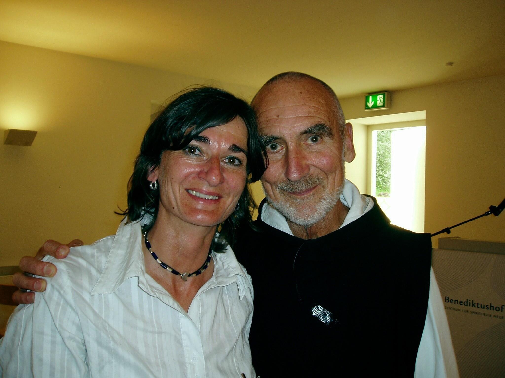 David Steindl-Rast mit Christa Spannbauer