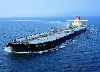 イランイラク戦争時ホルムズ海峡では大型タンカーが次々攻撃された