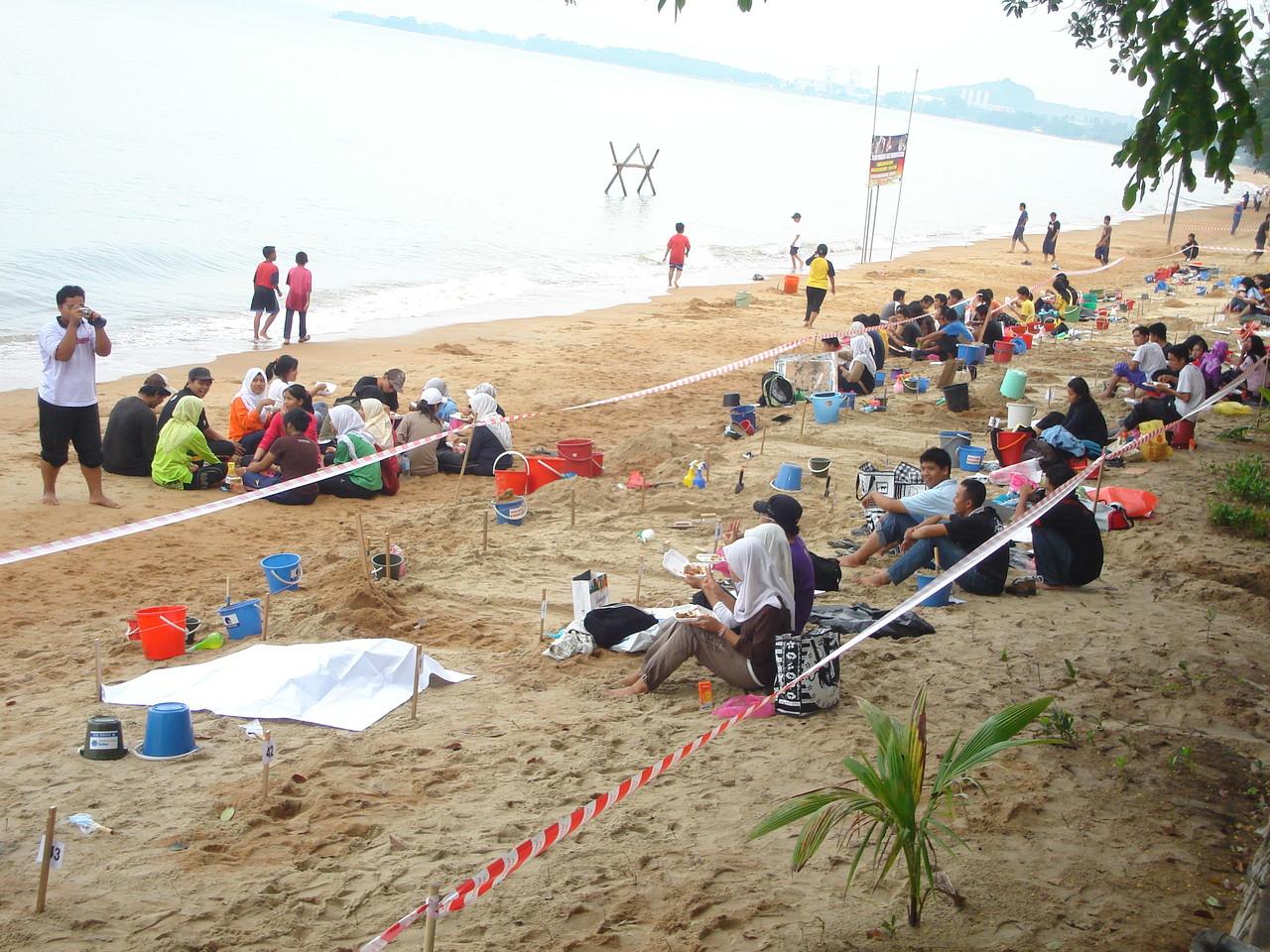 Chalet Seraya Pantai Pengkalan Balak Melaka MALAYSIA