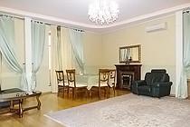 ID 0300 Кривоарбатский переулок 8, аренда трехкомнатной квартиры.