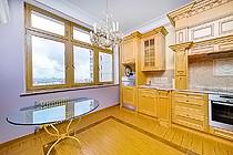 ID A367 ЖК Эдельвейс - трехкомнатная квартира в аренду.