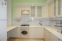 ID 0438 Университетский проспект 9 - четырехкомнатная  квартира в аренду.