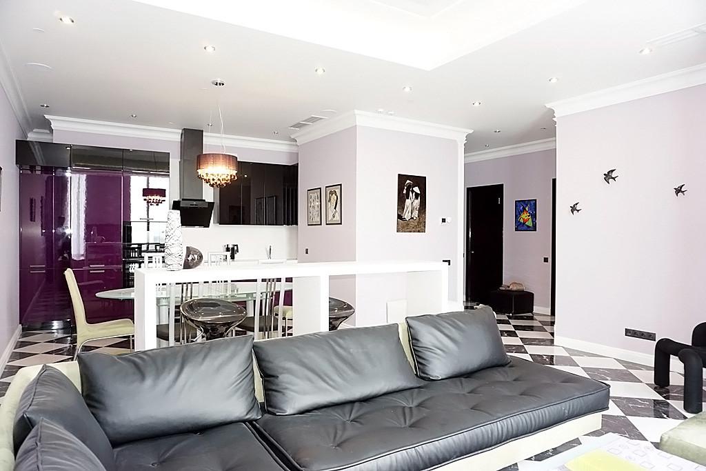 "ID A373 - ""Дом на Мосфильмовской"" трехкомнатная квартира в аренду Мосфильмовская дом 8."