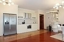 ID A354 Удальцова 17 - трехкомнатная квартира в аренду.