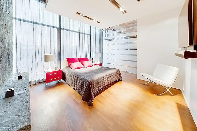 ID 0436 Климашкина 17С2 - четырехкомнатная квартира в аренду.