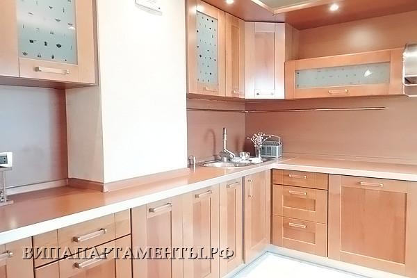ID 0584 Шверника 11 копус 3 - аренда пятикомнатной квартиры.